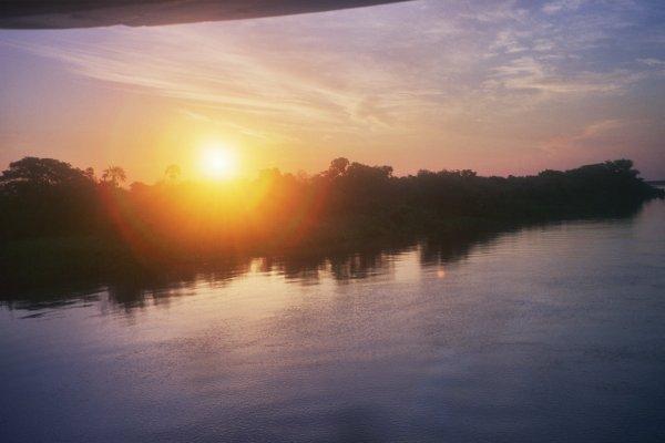 sol poniente Río Paraguay
