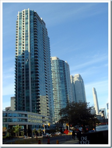 Toronto  2008-10-17 15-02-49