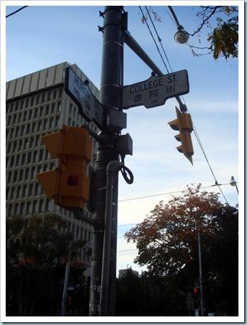 Toronto  2008-10-17 18-07-36